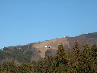 まったく雪がない八海山麓スキー場